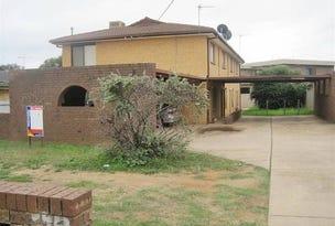 2/7A Henschke Avenue, Tolland, NSW 2650