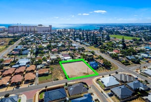Unit 4 11 Dampier St, Beachlands, WA 6530