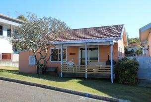 3 Albert Street, Black Head, NSW 2430