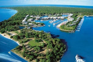 * Couran Cove Resort, South Stradbroke, Qld 4216