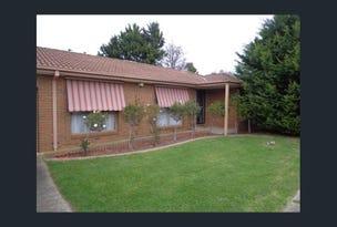 11/4 Blueberry Cl, Cranbourne North, Vic 3977