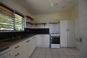 10 Holland Street, Wongaling Beach, Qld 4852