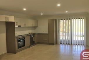2/7 Kevin Mulroney Dve, Flinders View, Qld 4305