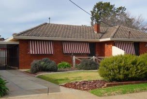 Unit 1 No 247 Bourke Street, Tolland, NSW 2650