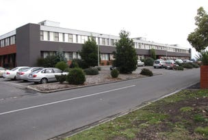 13U/1 Ollerton Avenue, Newborough, Vic 3825