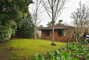 8 Benton Road, Healesville, Vic 3777