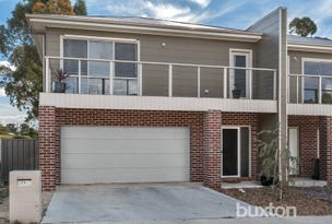 25 Lucia Crescent, Mount Clear, Vic 3350