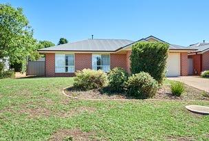 1/2 Madin Place, Estella, NSW 2650