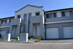21 Highland Close, Macquarie Links, NSW 2565