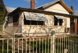 19 Trevor Street, Turvey Park, NSW 2650