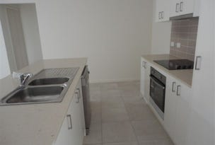 Gleneagle, address available on request
