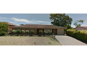 32 Hewitt Drive, McLaren Vale, SA 5171