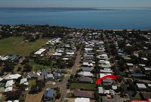 1 BRADLEY COURT, Cowes, Vic 3922