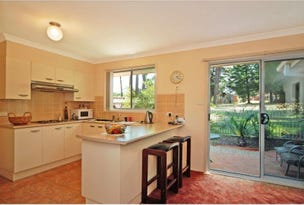 2/5 Harbour Bld, Bomaderry, NSW 2541