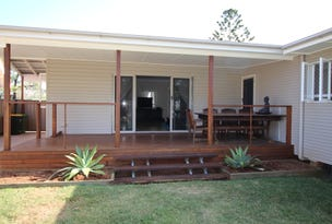 110 King Street, Woody Point, Qld 4019