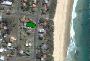 18 Jubilee Parade, Diamond Beach, NSW 2430