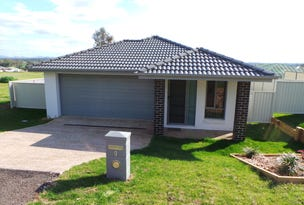 9 Curlew Cresent, Tamworth, NSW 2340
