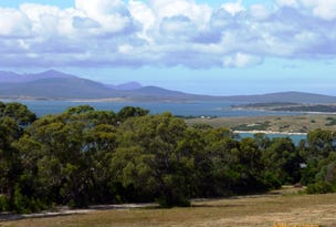 57 Franklin Parade, Lady Barron, Flinders Island, Tas 7255