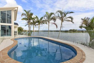 82 Montevideo Drive, Clear Island Waters, Qld 4226