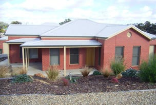 1/28 Edwards Road, Strathdale, Vic 3550