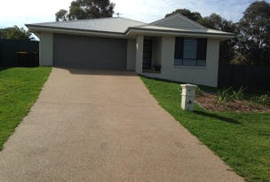 10 Molloy PLace, Young, NSW 2594