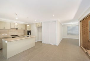 2/28 Young st, Petrie, Qld 4502