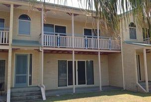 4/43 Owen Jenkins Drive, Sarina Beach, Qld 4737