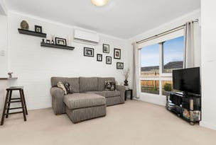 2/20 Lyndhurst Crescent, Brunswick East, Vic 3057