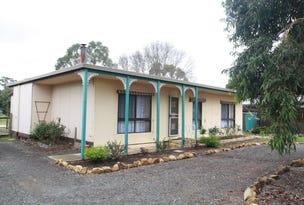 7 Pine Grove, Goornong, Vic 3557