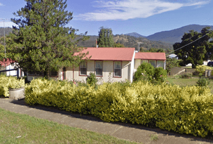 13 East Cres, Eildon, Vic 3713
