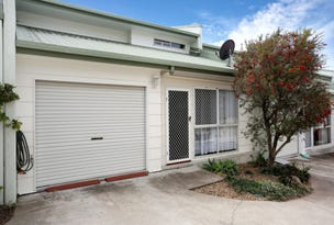2/14a Macquarie Street, Booval, Qld 4304