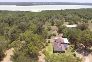 214 Newnham Road, Lake Clifton, WA 6215