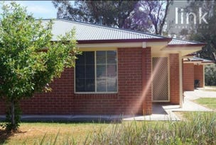 2/144 Hotham Circuit, Thurgoona, NSW 2640