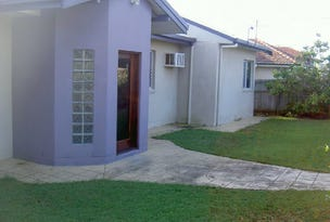 11 Central Ave, Scarborough, Qld 4020