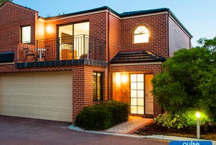 7/31 The Lakes Boulevard, Jandakot, WA 6164