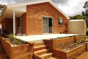 2A Hill Street, Wentworth Falls, NSW 2782
