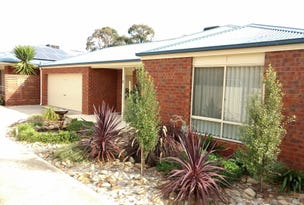 2/5 Russell Street, Darley, Vic 3340