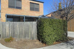 4/122 FERGUS ROAD, Queanbeyan, NSW 2620