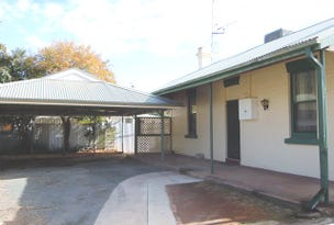 33 Victoria Avenue, Narrandera, NSW 2700