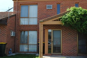2/94 Burns Street, Maryborough, Vic 3465