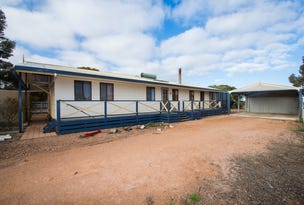 34 DECRES BAY ROAD, Ceduna, SA 5690