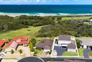 15 Galleon Grove, Caves Beach, NSW 2281