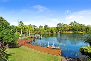 16 Martingale Circuit, Clear Island Waters, Qld 4226