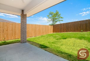 2/6 Kevin Mulroney Dve, Flinders View, Qld 4305
