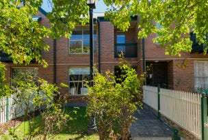 2/9 Mayfair Place, Wynn Vale, SA 5127