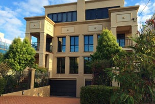 VILLA 54 Woodroffe Avenue, Main Beach, Qld 4217