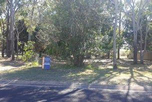 15 Lagoon Dr, Moore Park Beach, Qld 4670