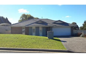 11 Lovejoy Avenue, Blayney, NSW 2799