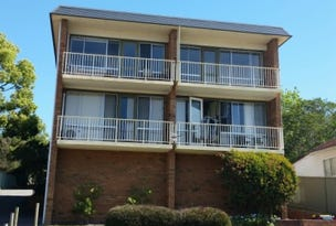 4/27 Heaslip Street, Coniston, NSW 2500