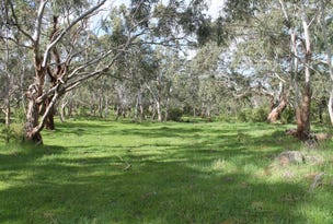 Pomborneit-Fowhow Road, Pomborneit North, Vic 3260